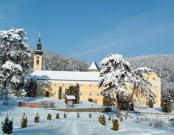 fruskogorski-manastiri-novo-hopovo