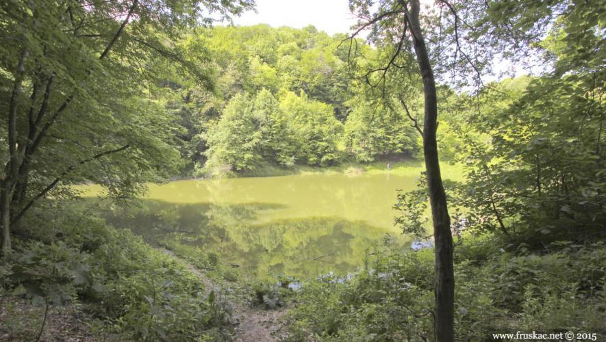 sremska-kamenica-jezero-popovicko-1